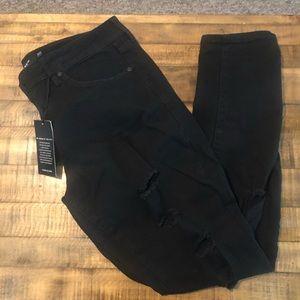 Black skinny torn pants | Torrid size 16R